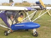Microlight flying lessons